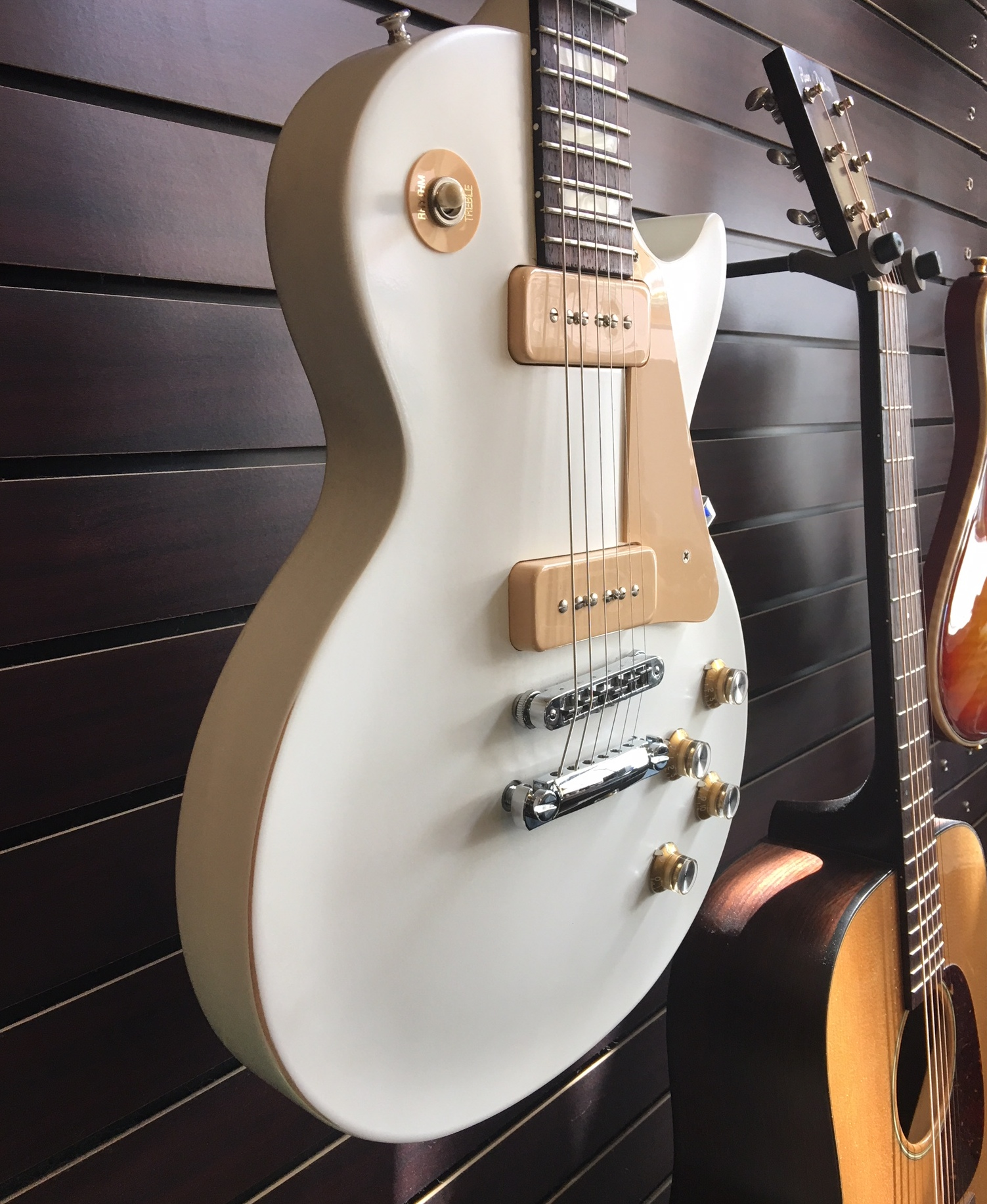 Sold-2013 Gibson Les Paul 60's Tribute Faded White Electric