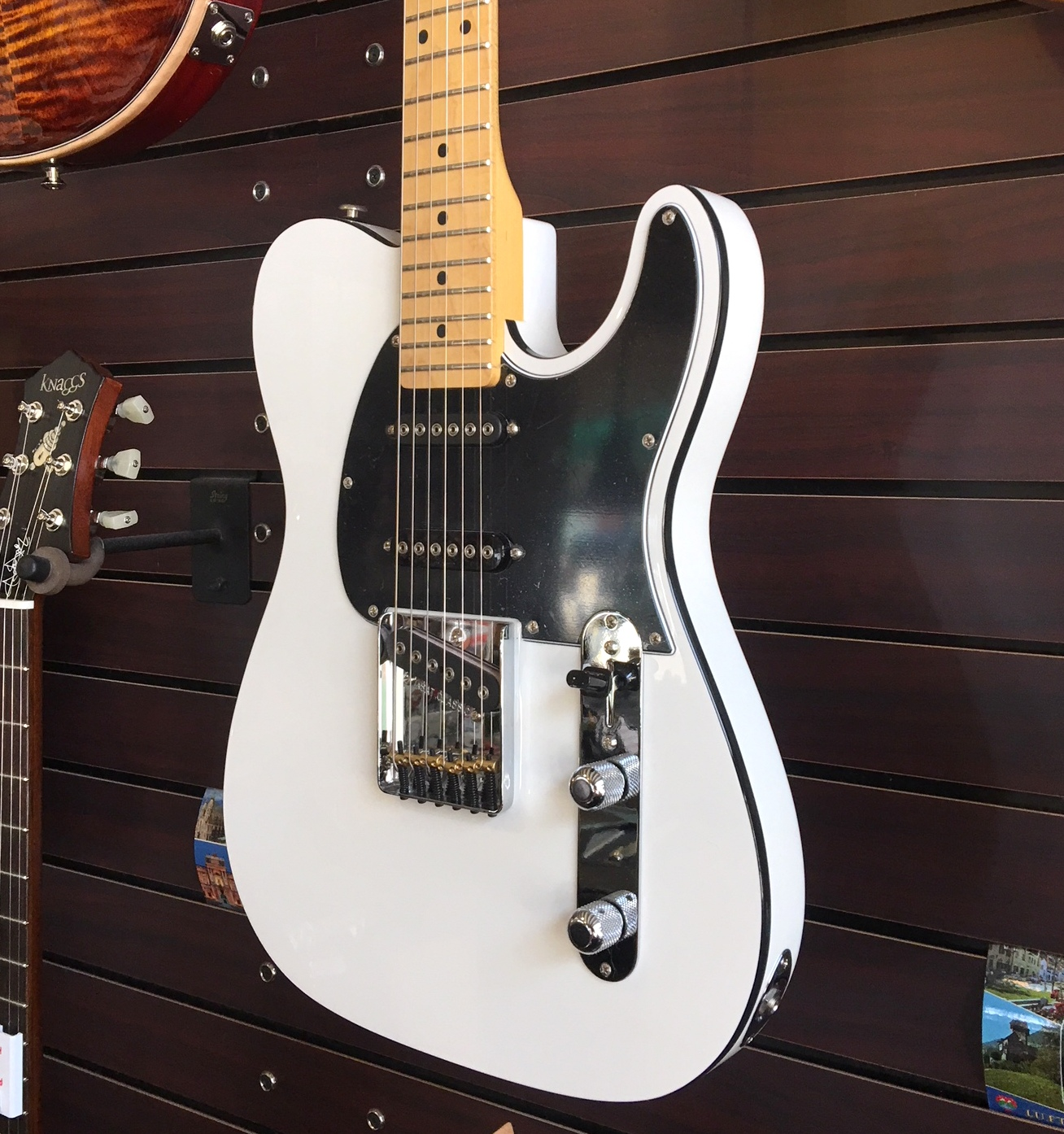 Sold-G&L ASAT Classic S White With Rear Contour And Black